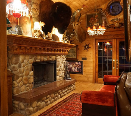 Fun places to stay in Wisconsin Dells for couples in Winter