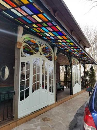 custom glass canopy